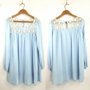 3 for $25-- Altar'd State Baby Blue Lace Tunic